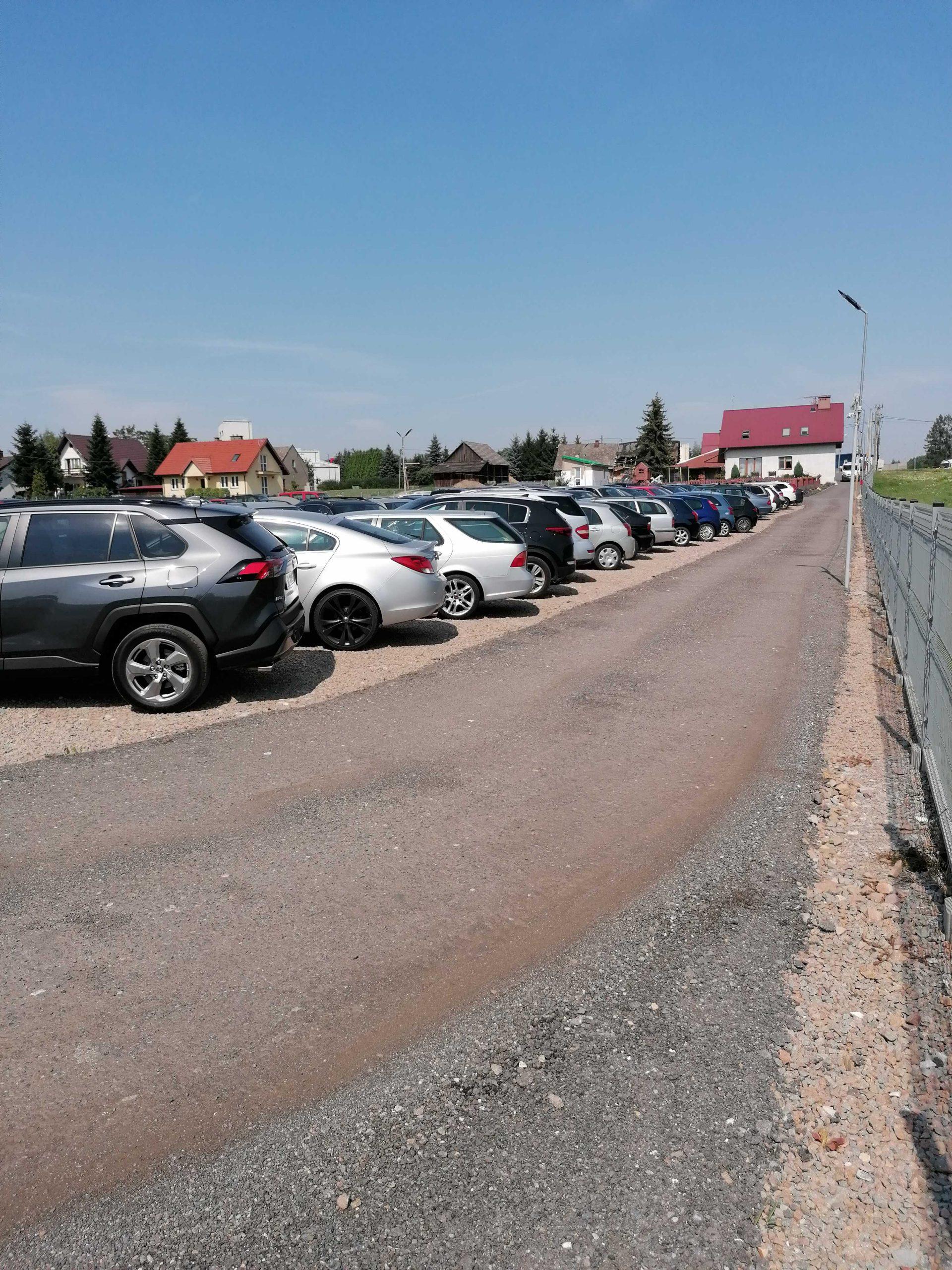 parking,lotniskowy,monitorowany,całodobowy,długoterminowy,tani,Kraków,Balice,lotnisko,rezerwacja